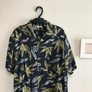 GU - アロハシャツ 柄シャツ