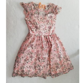 Lily Brown - 【格安】リリーブラウン 刺繍花柄ワンピース ピンク
