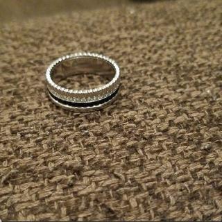 ブシュロン キャトル ブラックダイヤモンドリング スモール(リング(指輪))