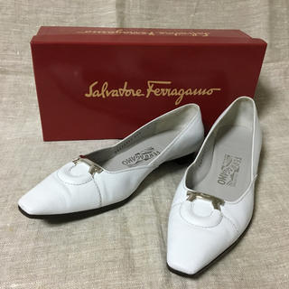 Salvatore Ferragamo - フェラガモ   ガンチーニ 7C