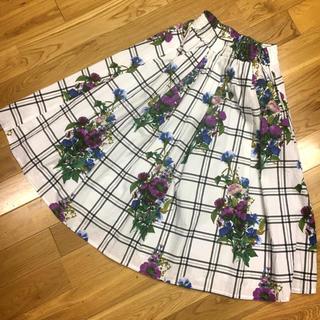 シマムラ(しまむら)のチェック&花柄 スカート(ひざ丈スカート)