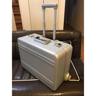 リモワ(RIMOWA)の貴重 ゼロハリバートン スーツケース 機内持ち込み パイロットトローリー 2輪(トラベルバッグ/スーツケース)