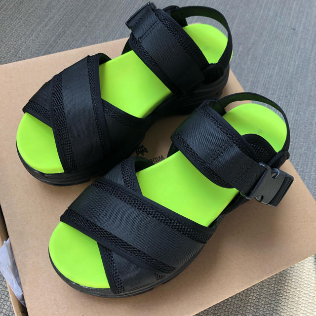 RODEO CROWNS WIDE BOWL(ロデオクラウンズワイドボウル)のyu様♡RODEO CROWNS♡スポーツサンダル レディースの靴/シューズ(サンダル)の商品写真