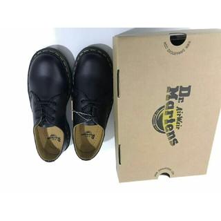 ドクターマーチン(Dr.Martens)の黒革の靴 2019 新製品 美品 Dr.martens 革靴 メンズ UK8(ローファー/革靴)