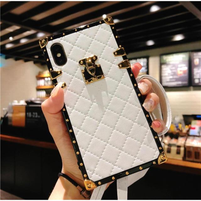 iphone xr ケース apple / iPhone XR スマホケース スマホカバー ホワイト 白 ゴールド レザーの通販 by D shop|ラクマ