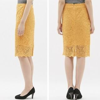 ジーユー(GU)の未使用『GU レースタイトスカート』マスタード(ひざ丈スカート)