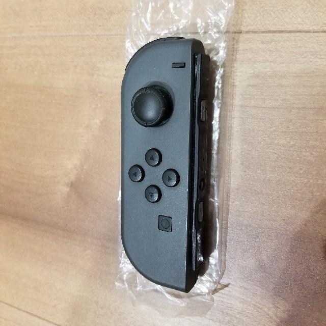 Nintendo Switch(ニンテンドースイッチ)のジョイコン グレー左 エンタメ/ホビーのテレビゲーム(その他)の商品写真