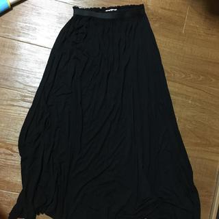 ピーチジョン(PEACH JOHN)の♡ ピーチジョン 黒 マキシ丈 スカート ♡(ロングスカート)