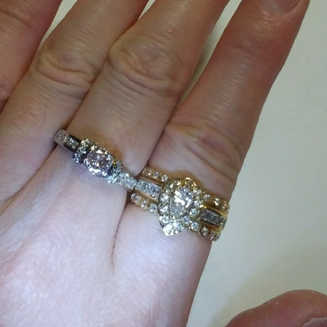 フラワー様♡ 1カラット K18ダイヤリング K18リング K18 レディースのアクセサリー(リング(指輪))の商品写真