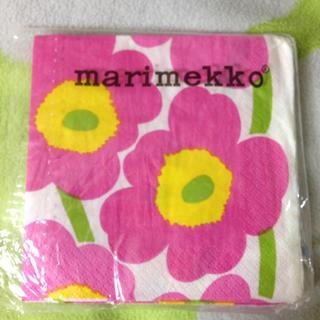 マリメッコ(marimekko)のマリメッコ ペーパーナプキン  10枚 ウニッコ(テーブル用品)