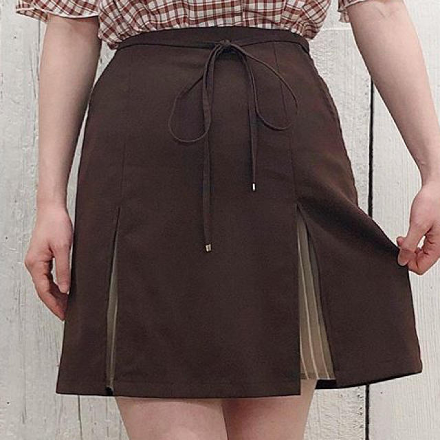 one after another NICE CLAUP(ワンアフターアナザーナイスクラップ)のナイスクラップ スカート 売り切りたい為値下げ レディースのスカート(ミニスカート)の商品写真