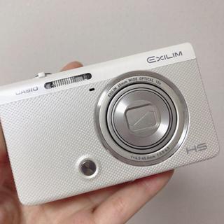 カシオ(CASIO)のCASIO EXILIM EX-ZR70 デジタルカメラ SDカード付き32G(コンパクトデジタルカメラ)