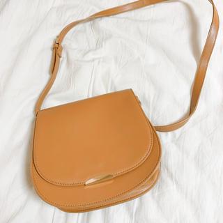 ジーユー(GU)のバッグ(ショルダーバッグ)