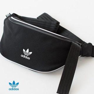美品!!adidas Originals ☆ボディバック・ウエストバッグ