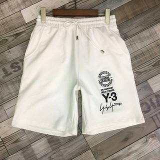 ワイスリー(Y-3)のY3 カッコいい 薄手 最高品質 メンズズボン (ショートパンツ)