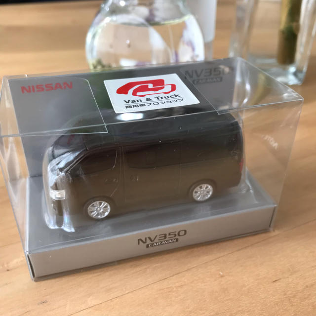 日産(ニッサン)の《新品未開封》日産キャラバン NV350 エンタメ/ホビーのおもちゃ/ぬいぐるみ(ミニカー)の商品写真