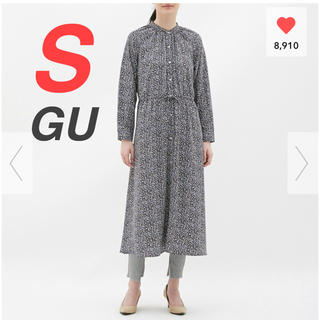 GU - GU フラワープリントワンピース 新品