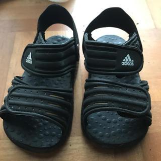 アディダス(adidas)のadidas♡KIDS サンダル13cm(サンダル)