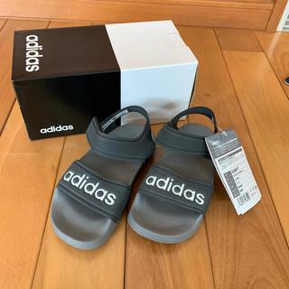 アディダス(adidas)の【 新品 未使用 】 17cm  adidas  サンダル(サンダル)