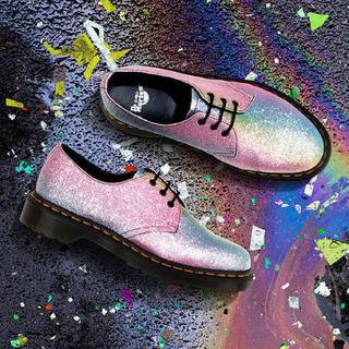 ドクターマーチン(Dr.Martens)のDr.Martins rainbow shoes(ブーツ)
