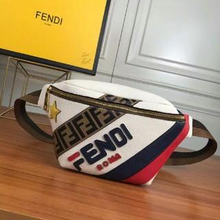 FENDI - FENDI ウエスト ポーチ
