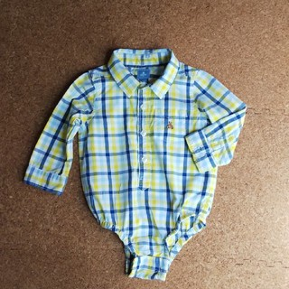 ギャップ(GAP)の値下げしました。baby GAP 長袖シャツ 80センチ(シャツ/カットソー)