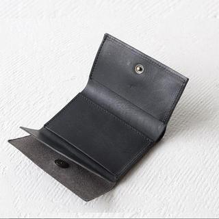 30dd62be6324 エムピウ(m+)のエムピウ ストラッチョ(折り財布)