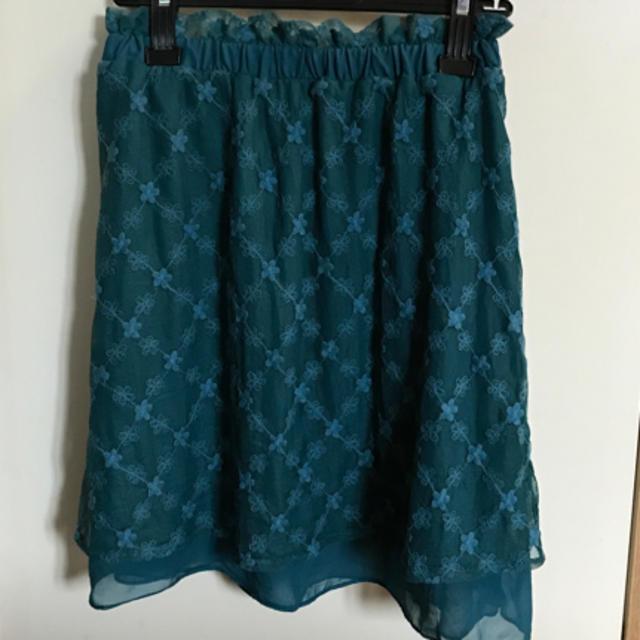 THE EMPORIUM(ジエンポリアム)のワールド   ブルーレーススカート レディースのスカート(ミニスカート)の商品写真