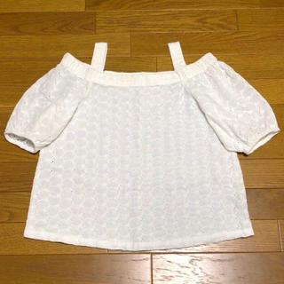 ジーユー(GU)の美品♪オフショルダーコットンブラウス(オフホワイト)M♪(シャツ/ブラウス(半袖/袖なし))