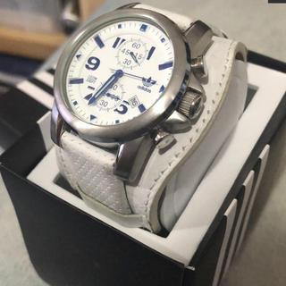 アディダス(adidas)のadidas 日本未発売 超レア レザーアナログ腕時計 稼働品(腕時計(アナログ))
