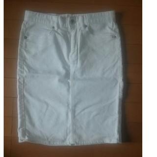 ジーユー(GU)のジーユー ホワイトタイトスカート(ミニスカート)