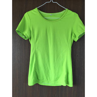 ユニクロ(UNIQLO)のドライ Tシャツ(トレーニング用品)