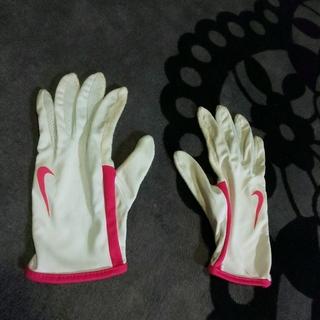 ナイキ(NIKE)のNIKE 手袋 防寒 ランニング スポーツ 部活 冬季練習 陸上 長距離 美品(陸上競技)