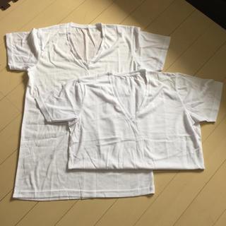 ジーユー(GU)のメンズ半袖V首インナー白2枚組(Tシャツ/カットソー(半袖/袖なし))
