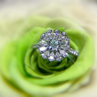 両用豪華Gia高品質グリーンダイヤモンド指輪&ネックレス(リング(指輪))