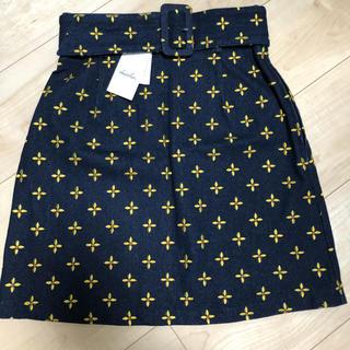 ダズリン(dazzlin)の【dazzlin】リトルフラワー刺繍ミニスカート♡新品タグ付き(ミニスカート)