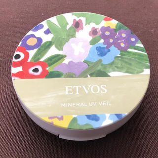 エトヴォス(ETVOS)のエトヴォス  ミネラルUVベール(フェイスパウダー)