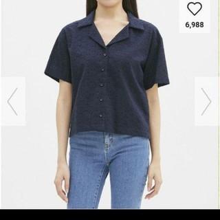 ジーユー(GU)の新品タグつきgu レースオープンカラーシャツsサイズ(シャツ/ブラウス(半袖/袖なし))