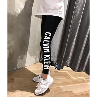 Calvin Klein - 新品✨ CALVIN KLEIN ❤︎レギンス