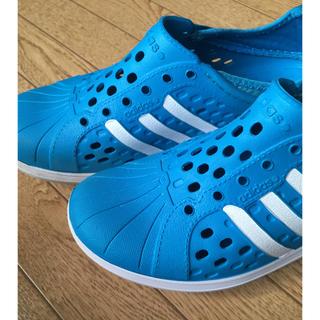 アディダス(adidas)のアディダス 子供 キッズ サンダル スリッポン 22.5センチ ウォーター(サンダル)