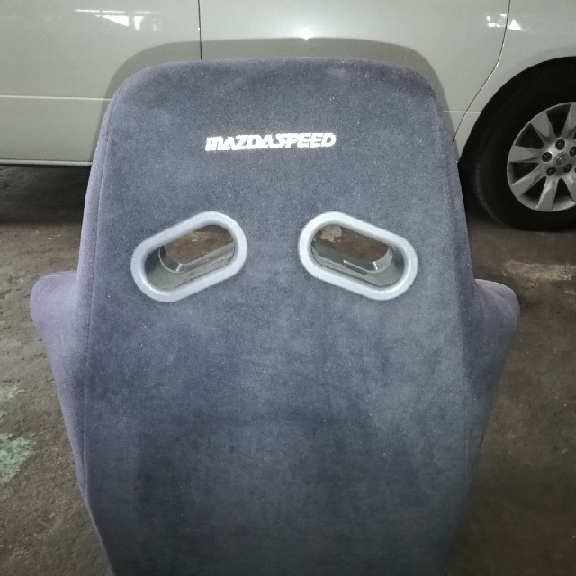 マツダ(マツダ)のマツダスピード バケットシート FD3S シートレール付き 自動車/バイクの自動車(車種別パーツ)の商品写真