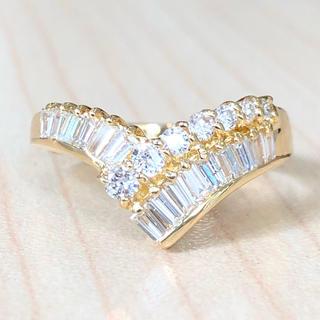 ✨V字✨ダイヤ尽くし❣️ダイヤモンド K18 18金 リング 指輪