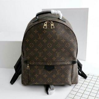 LOUIS VUITTON - LV リュック