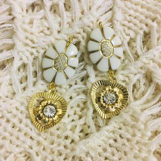 Kastane - vintage flower pierce