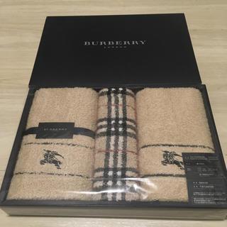 BURBERRY - バーバリー タオルセット