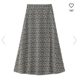 GU - GU/ジーユー♡今期大人気!フラワープリントフレアロングスカートSサイズ