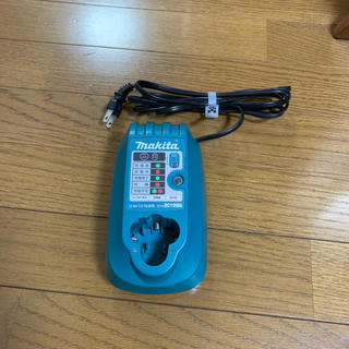 Makita - マキタ  充電器