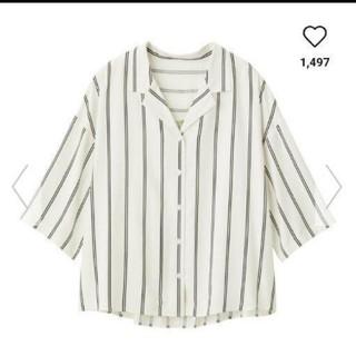 ジーユー(GU)の新品タグつきguストライプオープンカラーシャツ(7分袖)Mサイズ(シャツ/ブラウス(長袖/七分))