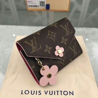 LOUIS VUITTON - 美品!ルイヴィトンのかわいい三つ折財布