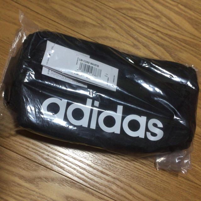 adidas(アディダス)のadidas  アディダス ウエストバッグ  ボディバッグ レディースのバッグ(ボディバッグ/ウエストポーチ)の商品写真